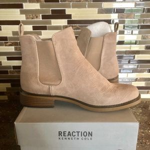 Kenneth Cole | Taupe Ankle Boot | NIB | 9